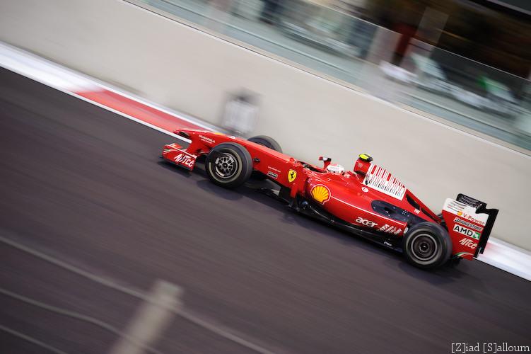 More Ferrari! (D700, Sigma 70-200mm f/2.8 @ 130mm, f2.8, ISO 200, 1/200sec)